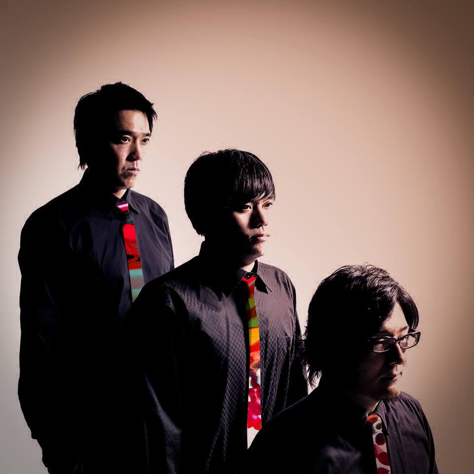 tres-men