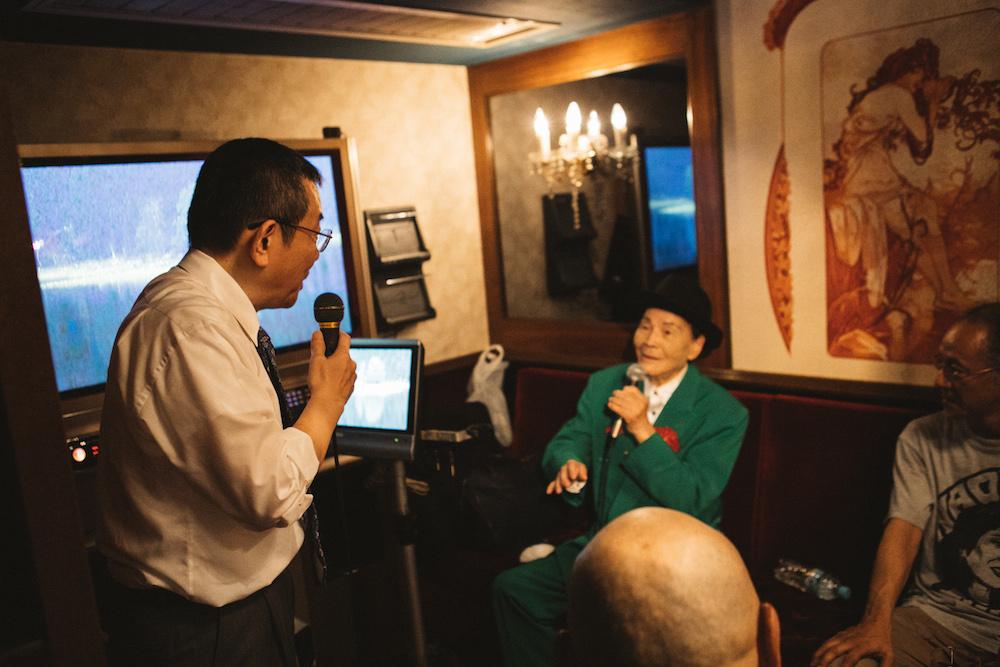 世界最高齢のラッパー・坂上弘が、<もーじき96歳記念ライブ>で熱唱