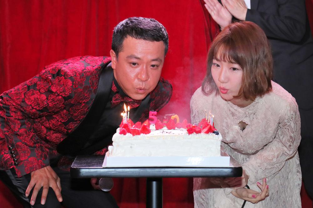 中山秀征、誕生日&リリース記念イベントでゆきりんと初めての共同作業