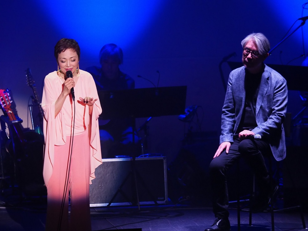 クミコがデビュー35周年記念コンサートでヒット曲&人気曲を完全網羅