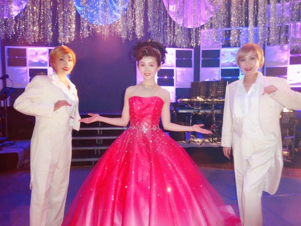 小桜舞子、地元・神奈川恒例コンサートでオリジナル芝居を披露