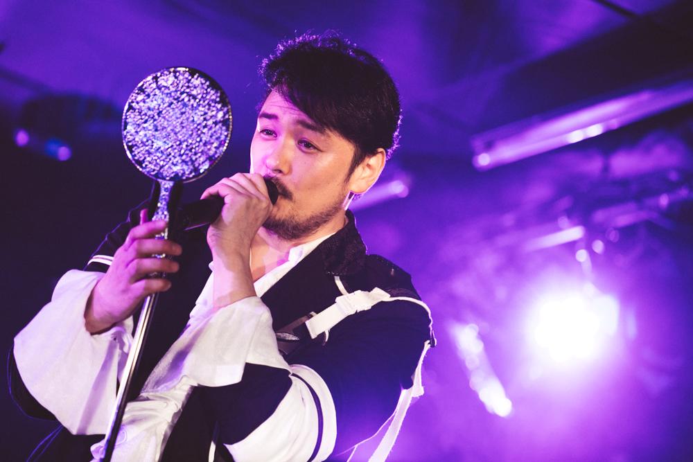 純烈・小田井涼平ソロコンサート「おじさんそろそろ重い腰あげようか!?」