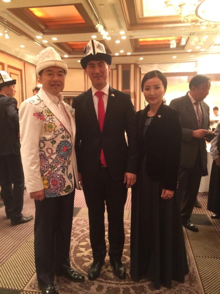 三田りょう、キルギス共和国建国26周年・日本国交25周年記念パーティに出席