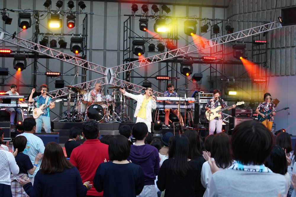 杉山清貴、デビュー35周年記念の日比谷野音でオメガトライブ再集結