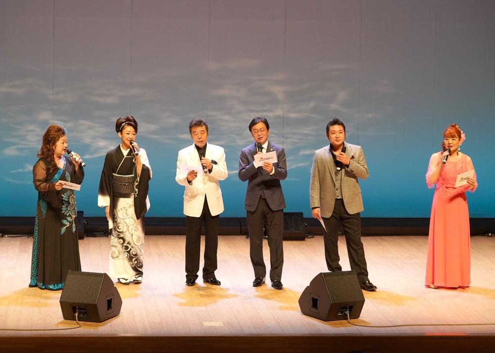 冠二郎・新沼謙治らが日光でコロムビアマンスリー歌謡ライブ、船村徹作品など熱唱