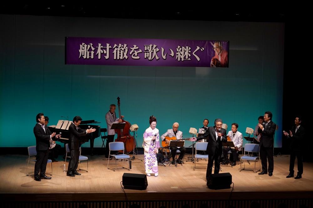 故・船村徹の内弟子、鳥羽一郎、走裕介ら5人が日光で「演歌巡礼」コンサート