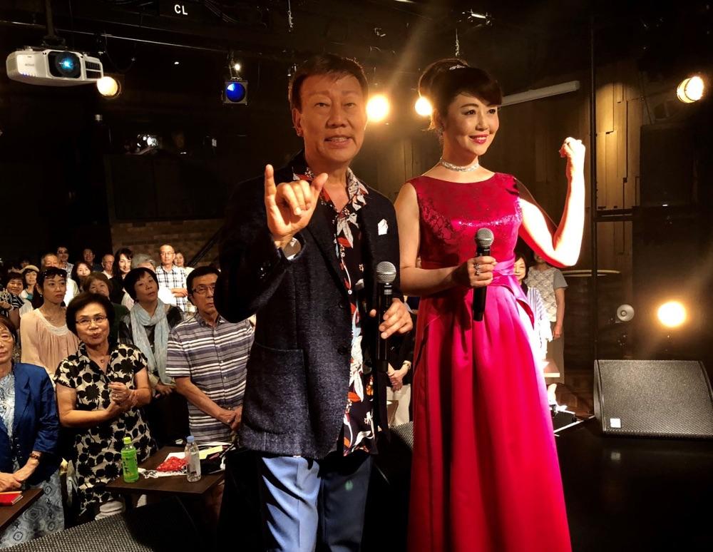 橋 幸夫&林よしこ、デュエット曲「君の手を」発売イベント開催