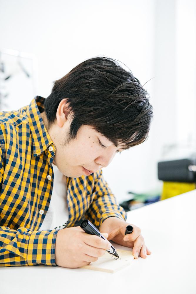 『演歌男子。の絵馬でお絵描きしりとり』第15回:徳永ゆうき「ダックスフント」
