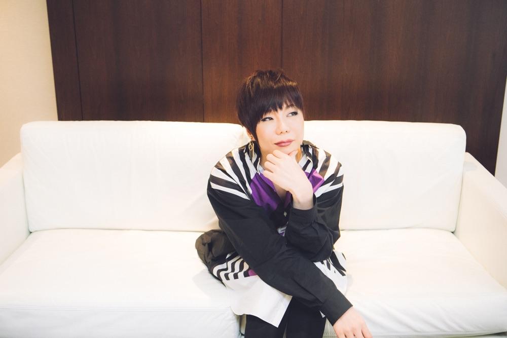 【インタビュー】ミッツマングローブ、星屑スキャット1stアルバム『化粧室』とソロシングル「東京タワー」への現在の思いを語る