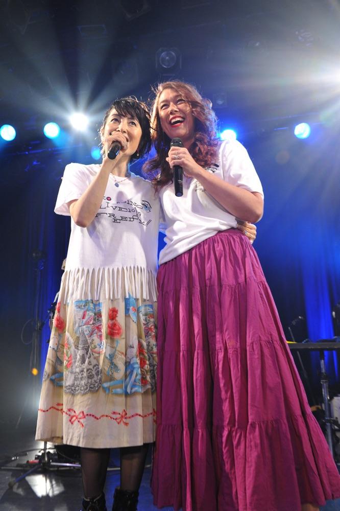 荻野目洋子、LiLiCo