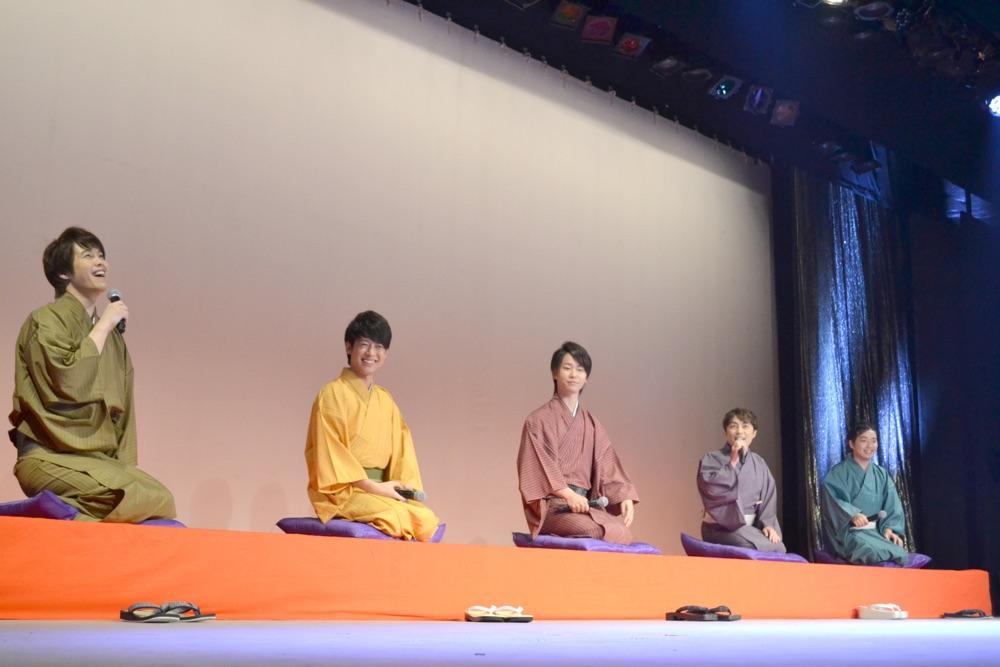演歌男子。新イベントで、はやぶさ、松尾雄史、松阪ゆうき、三丘翔太が一日限りのスペシャルライブ