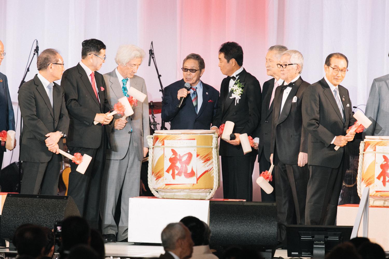 五木ひろしが55周年記念<感謝の響宴>を開催「いくつになってもチャレンジ」