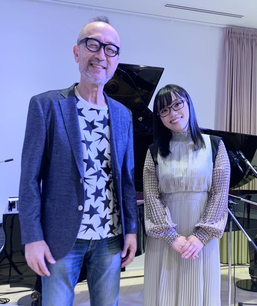 朝倉さや、ピアニスト倉田信雄を迎え生配信ライブ「歌える喜びを噛み締めながら一曲一曲歌いました」