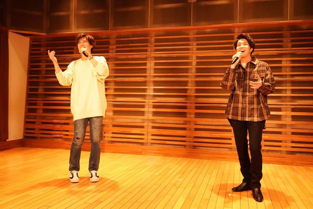 中澤卓也&新浜レオンがバレンタイン生配信コンサート開催、ラブソングのスペシャルコラボ披露